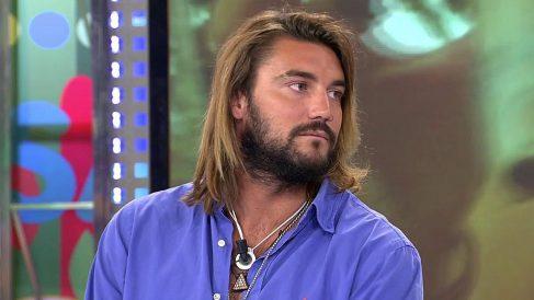 Logan ha estado en 'Sálvame' y ha vuelto a cambiar su aspecto. (Foto: Telecinco)