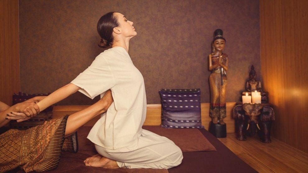 Las terapias orientales pueden ayudarte a relajar el cuerpo y la mente.