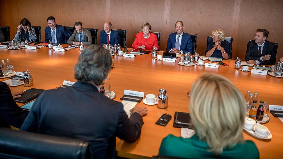 Consejo de Ministros de Alemania, presidido por Angela Merkel. (EP)