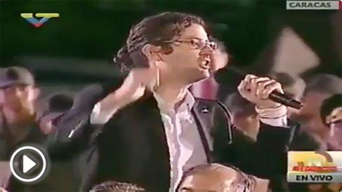 Fernando Casado, el profesor español que agasajó a Nicolás Maduro en público.