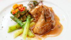 Receta de Conejo con salsa vermut fácil de preparar paso a paso