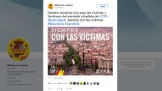 Uno de los tuits sobre el 17-A de los ministerios con la bandera de España y que Sánchez eliminó en su mensaje en catalán.