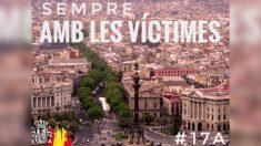 Tuit sobre el 17-A con la bandera de España difundido por el Gobierno tras corregir el primer tuit de Sánchez