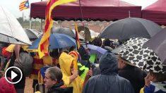 Los independentistas ante la prisión de Lledoners