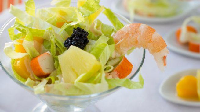 Receta de c ctel de marisco con pi a fresco y f cil de preparar - Coctel de marisco ingredientes ...