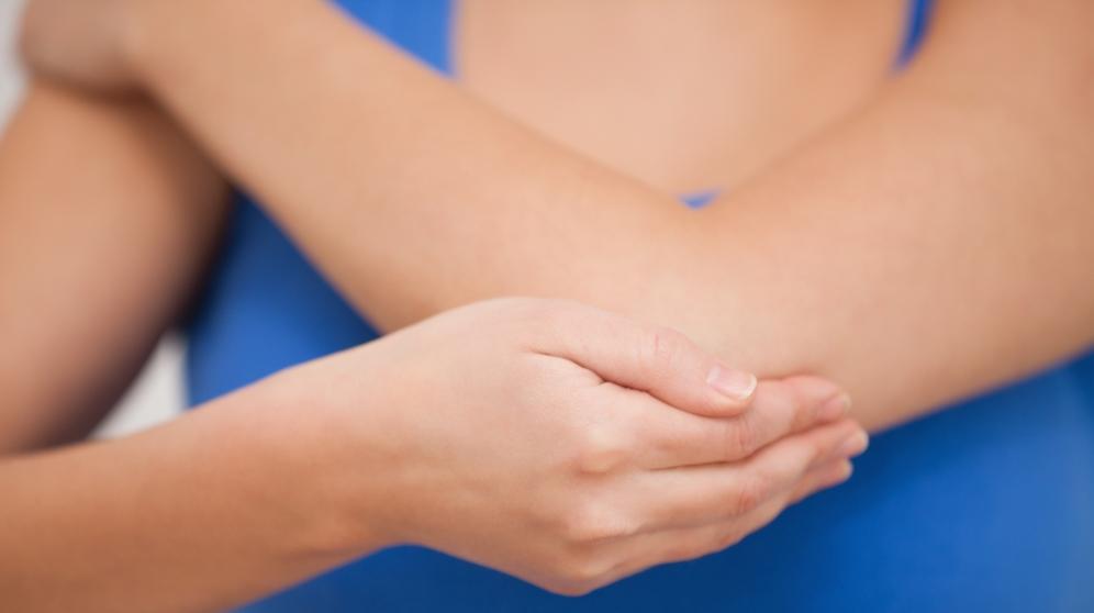 Trucos y remedios para curar codos agrietados con remedios naturales
