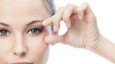 Cómo aplicar el contorno de ojos