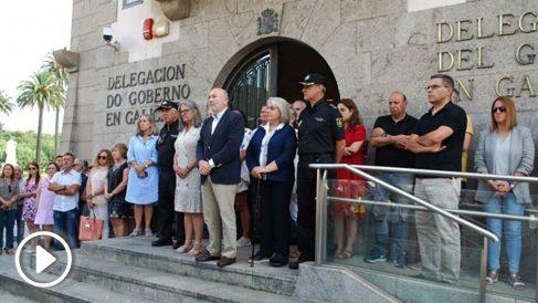 Minuto de silencio por el crimen de Cabanas de Bergantiños (Europa Press).
