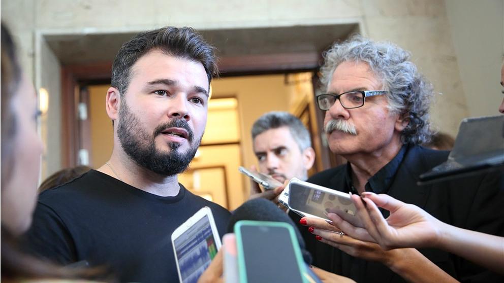 Los portavoces de ERC en el Congreso, Gabriel Rufián y Joan Tardà. (EP)