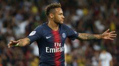 Neymar se lamenta en el encuentro ante el Caen de Ligue 1. (Getty)