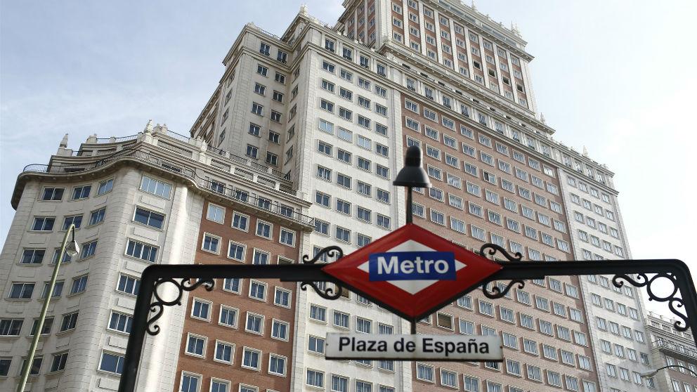Edificio España propiedad del grupo hotelero Riu (Foto: EP)