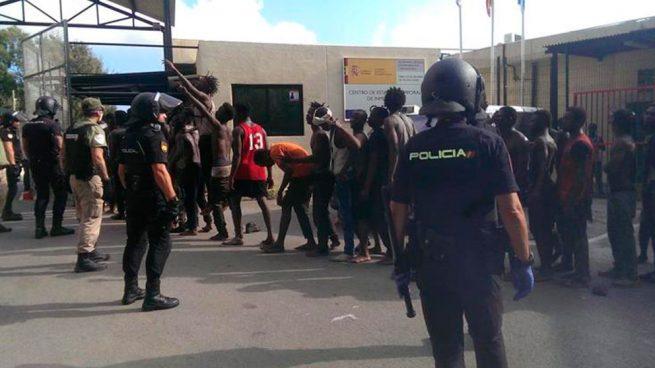Guardias civiles exigen a Sánchez