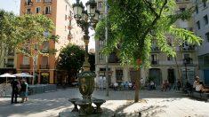 Una plaza del céntrico barrio barcelonés de Poble Sec.