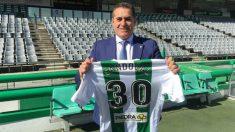 Sandoval no ha podido disponer de algunos de sus jugadores en el Córdoba por el límite salarial.