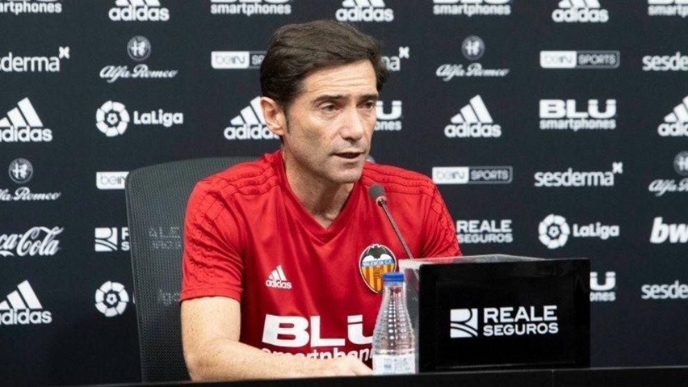 Marcelino García Toral durante la rueda de prensa con el Valencia. (Europa Press)