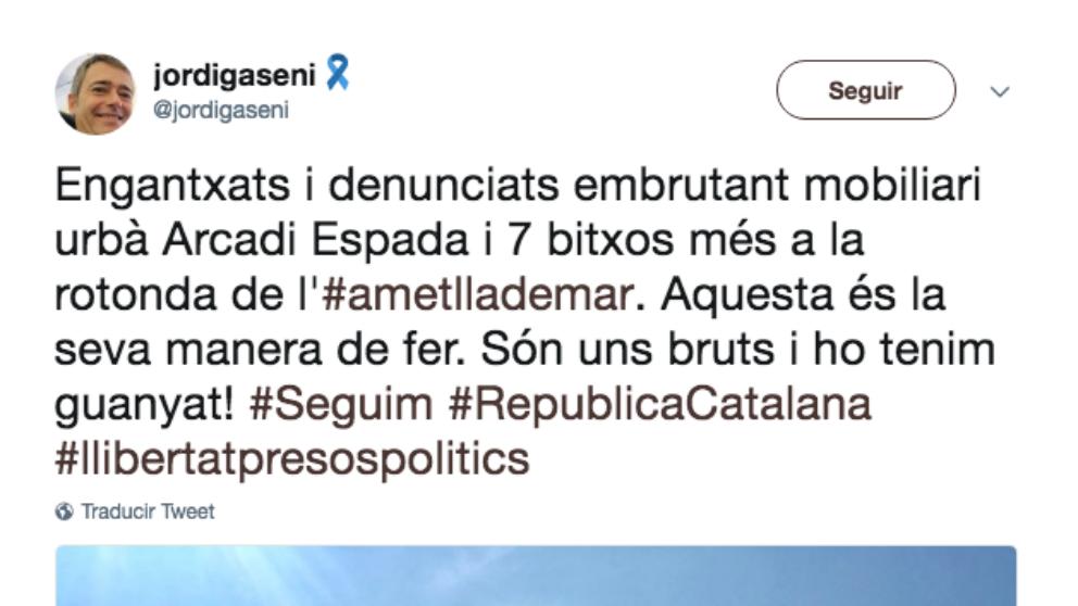 El alcalde de L'Ametlla de Mar,Jordi Gaseni(ERC), ha difundido la denuncia contra Arcadi Espada con este mensaje.