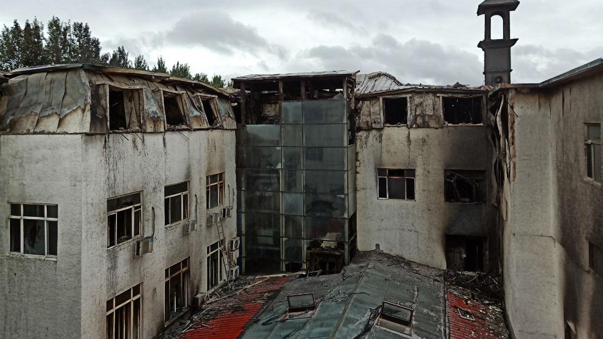 Así ha quedado el hotel tras el incendio en China (AFO).