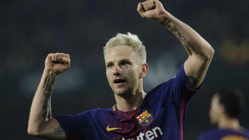 Ivan Rakitic celebra un gol con el Barcelona. (AFP)