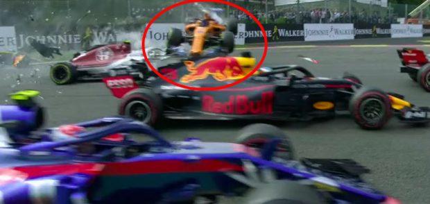 Espectacular accidente de Alonso: ¡su McLaren salió volando!