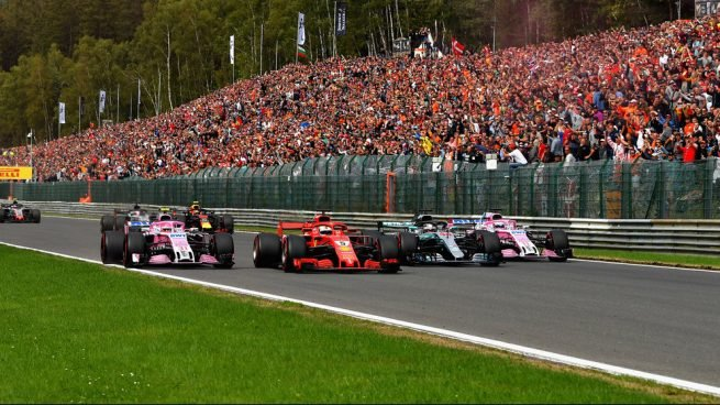 Sebastian Vettel en paralelo con Ocon, Perez y Hamilton (Getty(