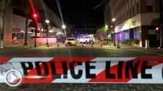 Cordón policial alrededor del centro comercial donde este domingo un joven de 24 años abrió fuego matando a dos personas e hiriendo a más de 10. Foto: AFP