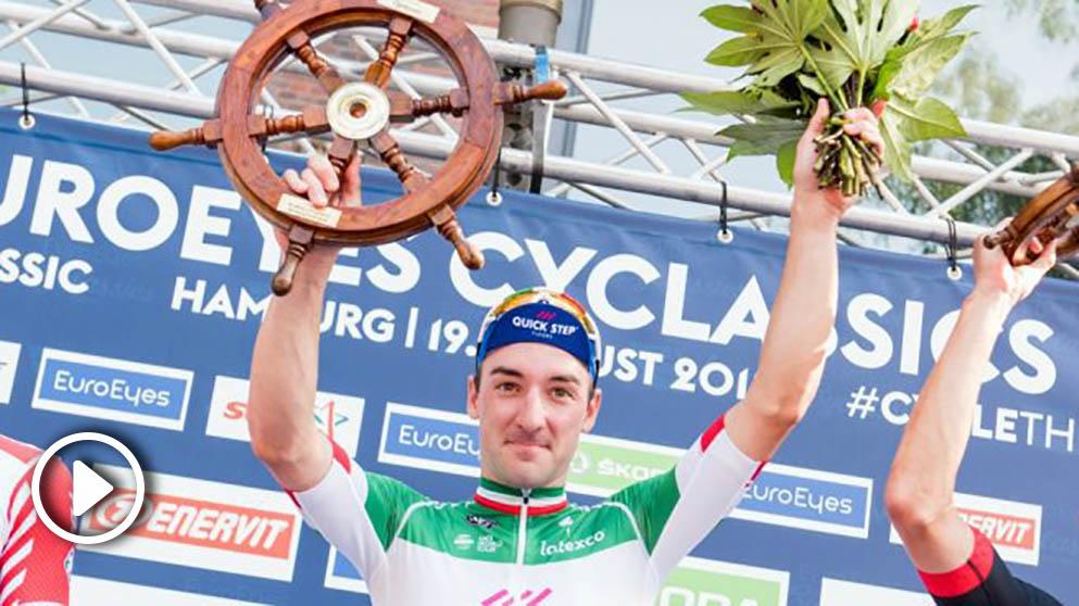 Viviani, tras una victoria. (AFP)