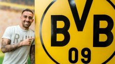 Paco Alcácer posa como nuevo jugador del Borussia Dortmund. (Foto: Borussia Dortmund)