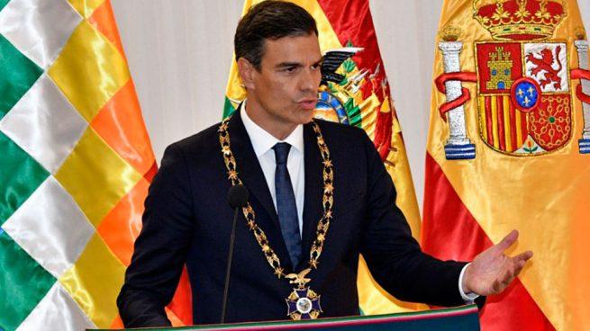 Pedro Sánchez durante una rueda de prensa tras su encuentro en Bolivia con su homólogo Evo Morales. Foto: AFP