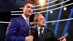 Cristiano Ronaldo y Florentino Pérez, el año pasado en la gala de la UEFA. (AFP)