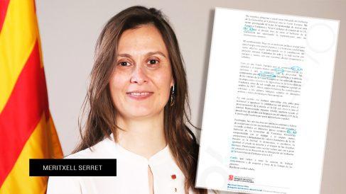 La ex consellera y actual delegada de la Generalitat ante la UE, Meritxell Serret, junto a su escrito.