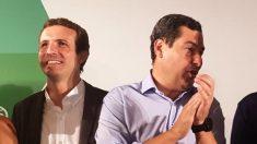 Pablo Casado, junto al líder del PP en Andalucía, Juanma Moreno. (EP)