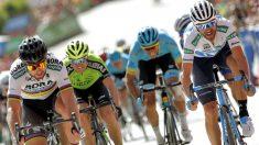 Valverde y Sagan llegan a la meta. (EFE)