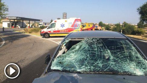 Heridos dos empleados de una gasolinera en Madrid atropellados por un conductor. (Foto: Emergencias Madrid)