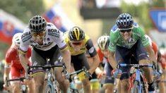 Valverde y Sagan sprintan en la octava etapa de la Vuelta (EFE)