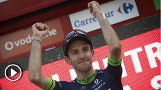 Simon Yates se ha vestido de líder en La Vuelta. (AFP)