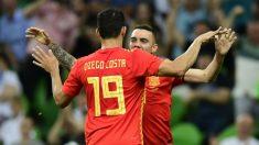Diego Costa y Iago Aspas celebran el gol del segundo ante Túnez. (AFP)