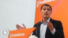 Albert Rivera comparece en el regreso al curso político para exigir a Sánchez que rectifique si no quiere recuperar para Torra un Estatuto inconstitucional.
