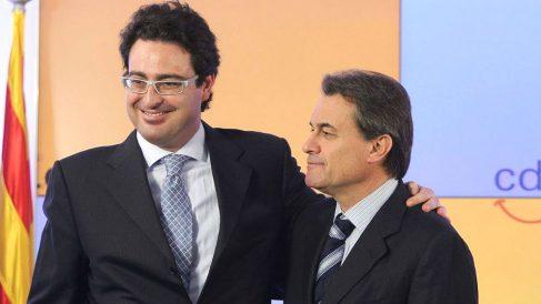 David Madí (a la izquierda) junto al ex presidente de la Generalitat Artur Mas (Foto: Efe).