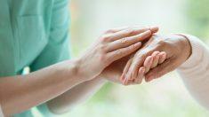 Los cuidados paliativos ayudan al paciente a nivel físico y psicológico.