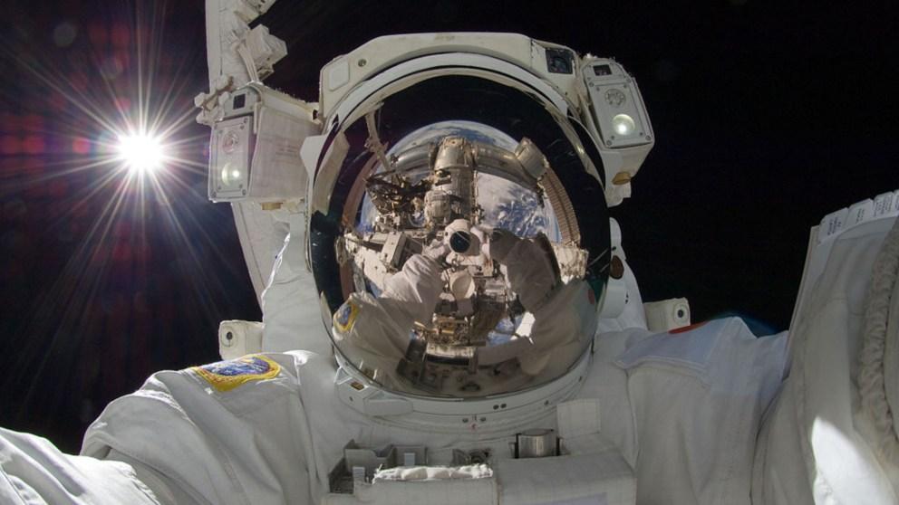 Astronautas de la NASA hablan sobre contactos extraterrestres