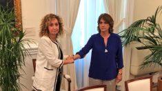 La consejera de Justicia catalana, Ester Capella, y la ministra Dolores Delgado. (TW)