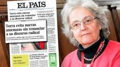 La directora de 'El País', Soledad Gallego-Díaz, junto a la portada que ha indignado a dos ex empleados del periódico
