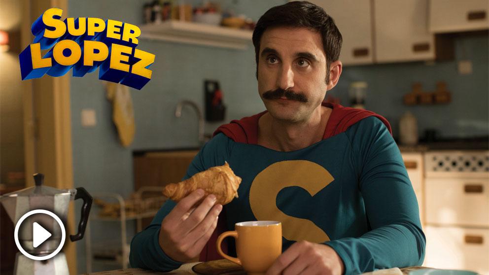 Dani Rovira da vida al héroe patrio del cómic 'Superlópez'