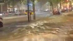 Las fuertes lluvias han dejado inundaciones en Barcelona que han obligado al cierre de estaciones de Metro. Foto: Twitter