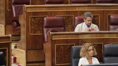 El escaño de Soraya Sáenz de Santamaría vacío en el Congreso de los Diputados. FRANCISCO TOLEDO