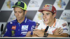 Márquez y Rossi durante una rueda de prensa. (AFP)