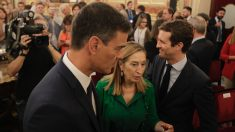 Ana Pastor, Pedro Sánchez y Pablo Casado en el Congreso. (Foto: Francisco Toledo)
