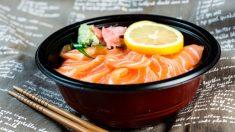 Receta de Chirashi de salmón y sandía fácil de preparar