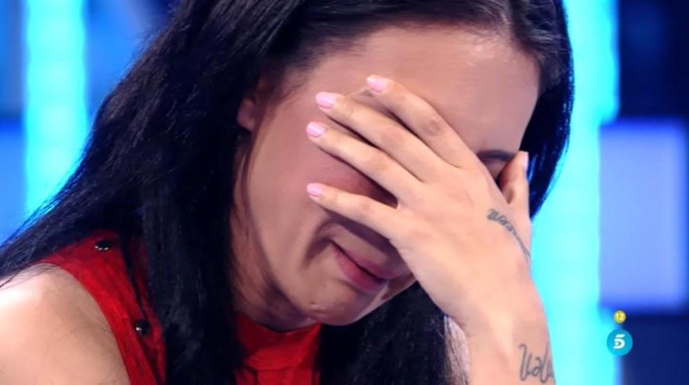 María rota por dentro al escuchar las palabras de Adrián en 'Volverte a ver'