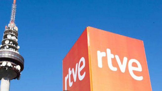 La purga continúa en TVE: otros 17 colaboradores son expulsados de las tertulias